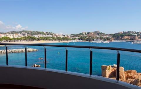 Costa Brava-Sant Feliu. Sea front.