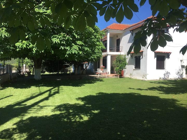 Sarakina's Farmhouse