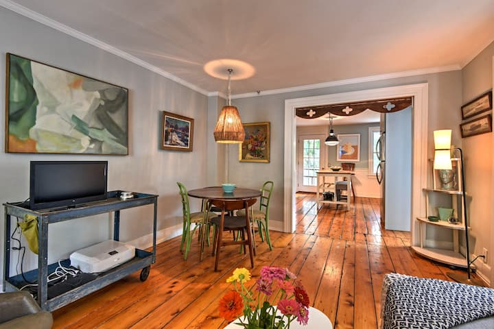 Charming Dwtn Retreat w/ Porch - Walk to New Hope!