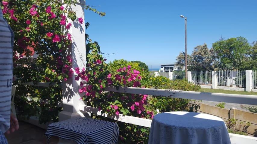 Kleinkrantz Beach Cottage