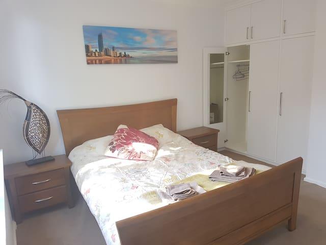 Great location and affordable - Saint Kilda East - Huoneisto