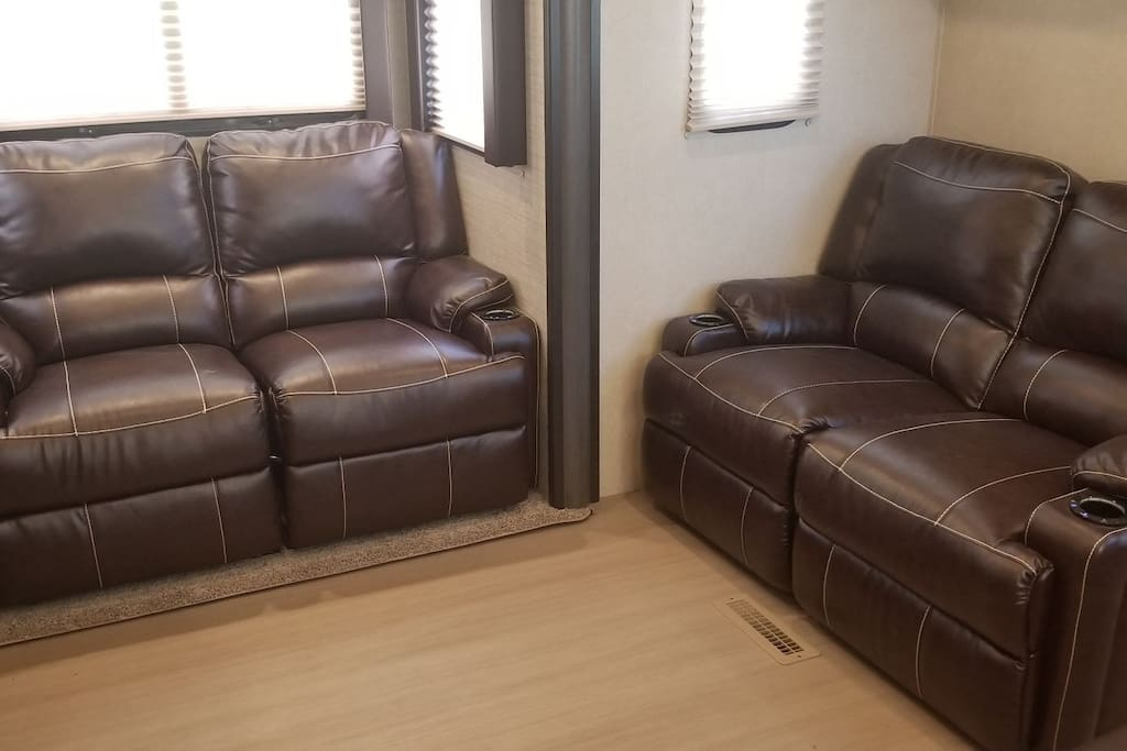 Massaging / heated / lighted recliners