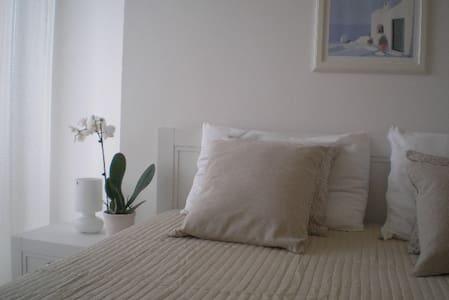 Appartamento trilocale a 70 metri dal Mare - Marcelli - Apartment