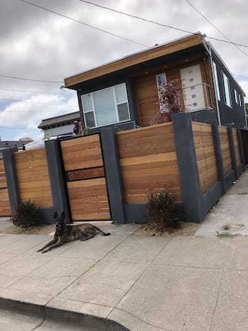4 Bedroom house. 10 min to SF