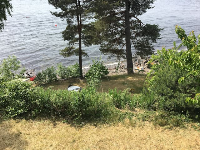 Sommerhus med egen strand