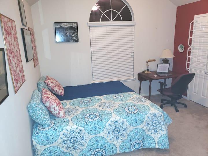 2 Beds - Med Center, Downtown, NASA, Beaches