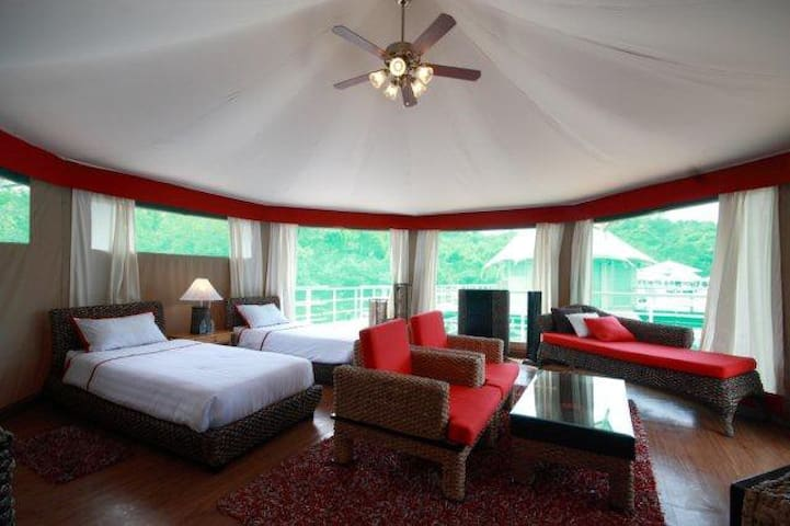 Posh room with beautiful view in Koh Kong - Huis