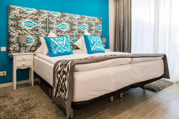 """Apart-hotel """"Sofia"""", Playa de Poniente, Benidorm 1"""