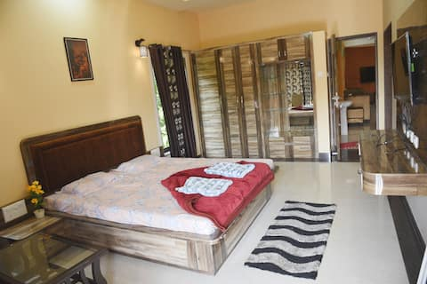 Shree Ramkrishna Anandvan Deluxe Double Bed