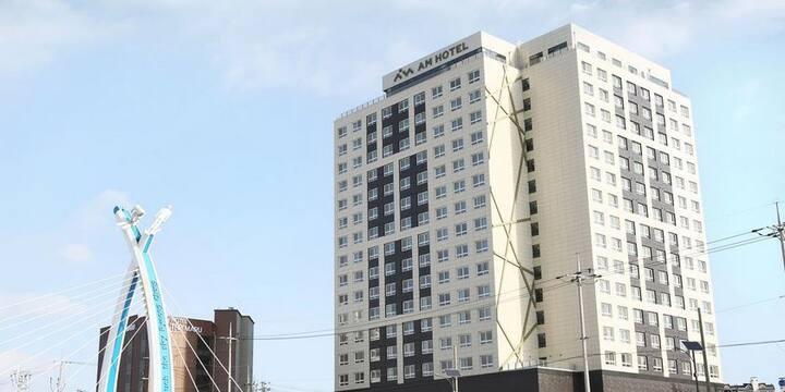 PyeongChang AM Hotel(평창 AM 호텔) -Center of Downtown