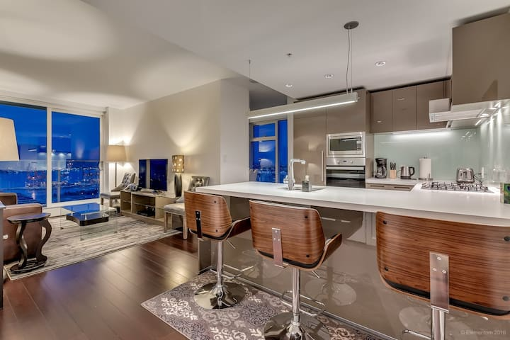 High end luxury condo downtown yaletown