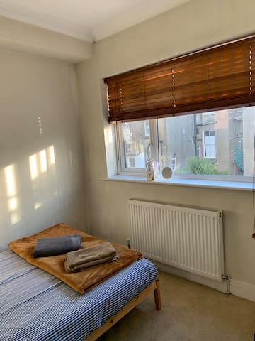 Double room in Brighton.
