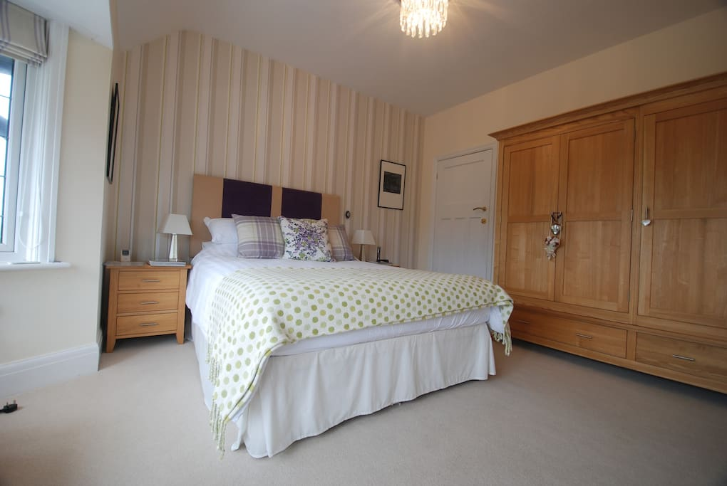 Ensuite Room To Rent Eastbourne