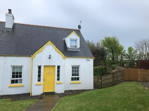 Cosy Dunmore East Holiday Home