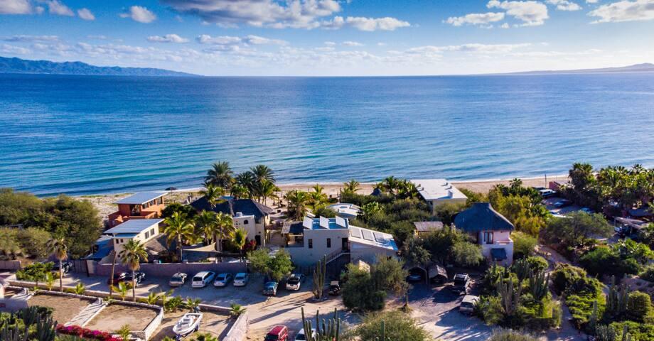 La Ventana beachfront cabanas, max2 adults/2 kids