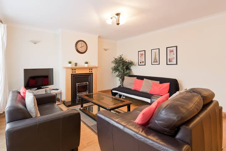 Clonsilla Dublin 15 - 5 Bedrooms