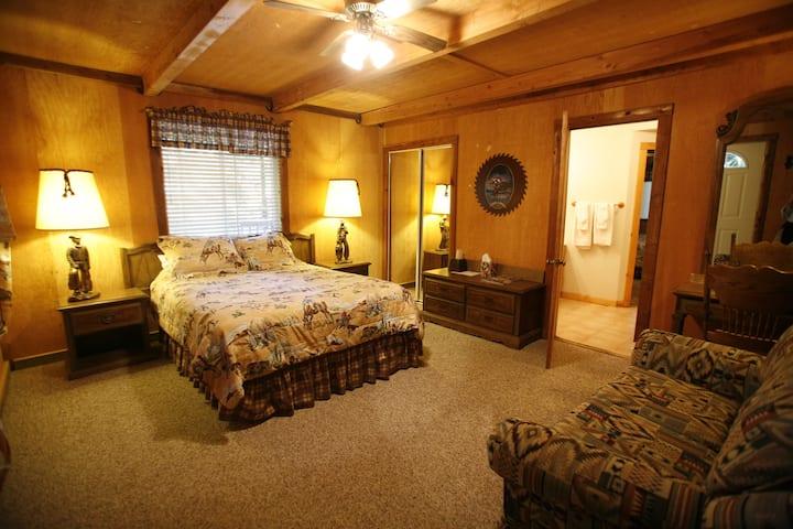 2 Bedroom Cabin at Coffee Creek Ranch