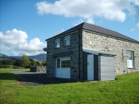 Gwynedd home with mountain views