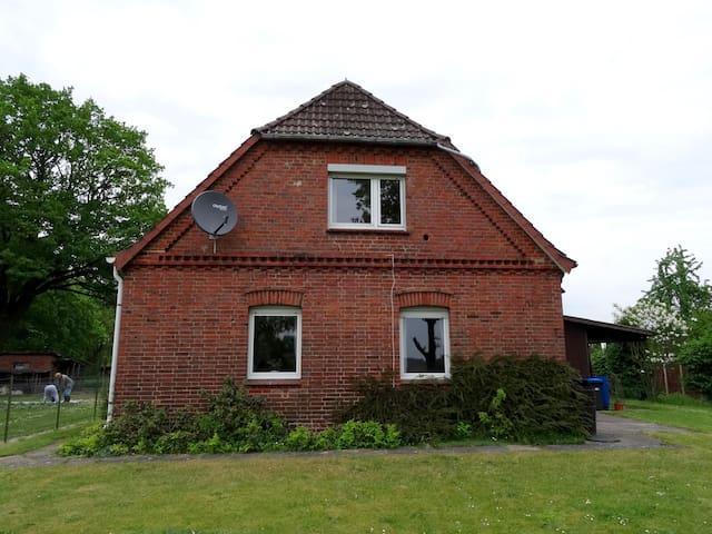 Komplettes Ferienhaus nahe Lüneburg in Brietlingen - Brietlingen - บ้าน
