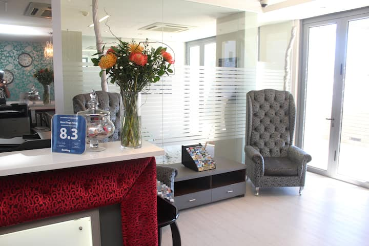 Boutique Hotel - New Kings Hotel