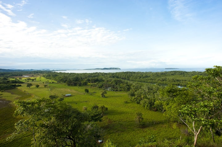 Rent a paradise island - Isla la Porcada