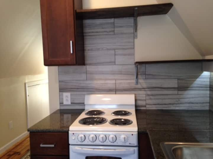 Small two-bedroom apartment near downtown Buffalo