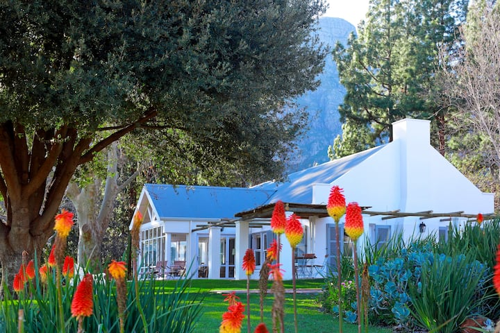 Keermont Vineyards Farmhouse and Cottage