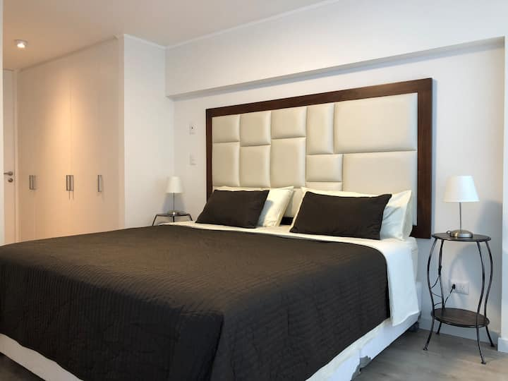 Central & Modern Miraflores Apartment with A/C