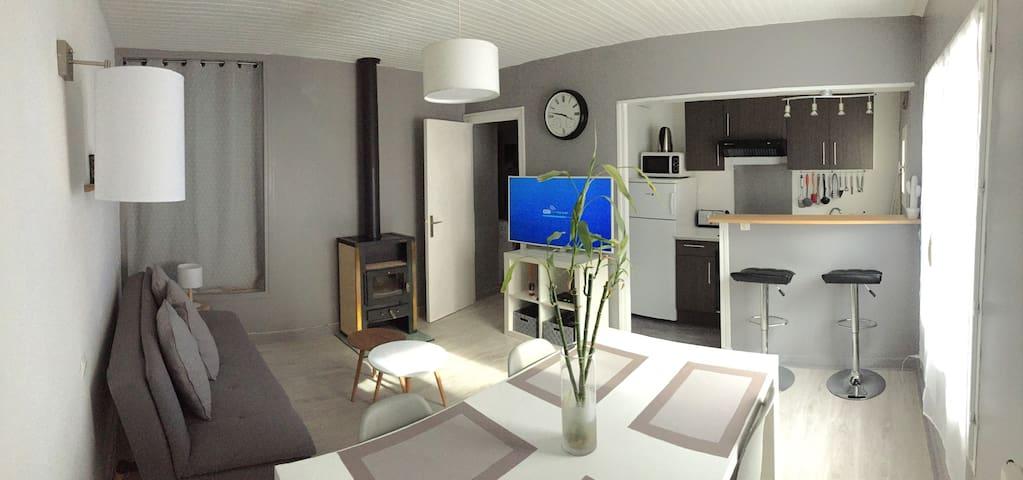 Appartement style scandinave et chaleureux