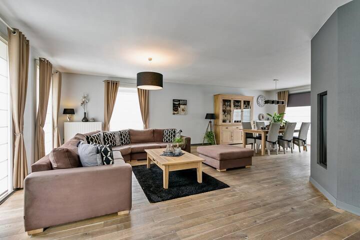 Rustig gelegen huis in het centrum van Mol