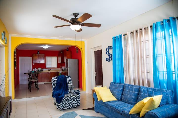 PBB Villa/2-Bedroom D/Bed AC/5mins from Beach