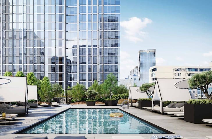 ⭐⭐⭐⭐⭐2BD/2BA 5-star Corner Suite w/ Skyline Views