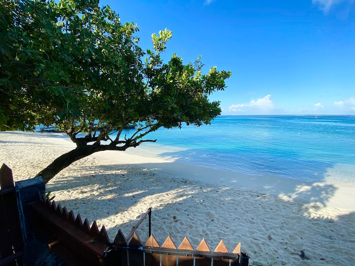 HUAHINE DREAM BEACH HOUSE *The best place to be*