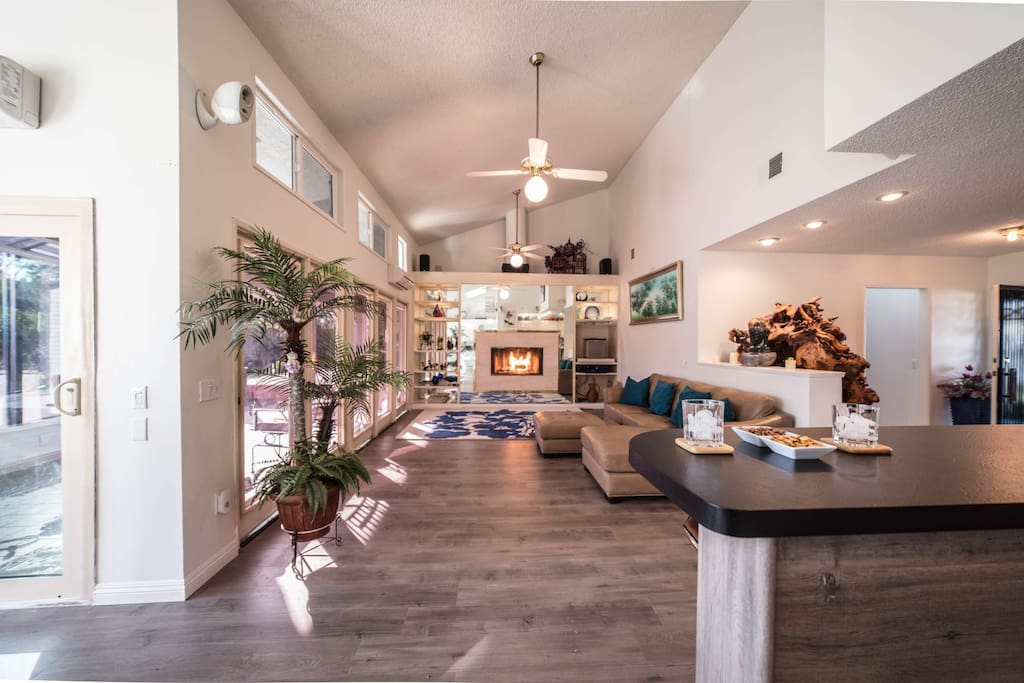 dream stay of the great la la land houses for rent in west covina california united states. Black Bedroom Furniture Sets. Home Design Ideas