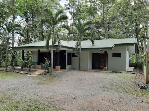 Uvita River House