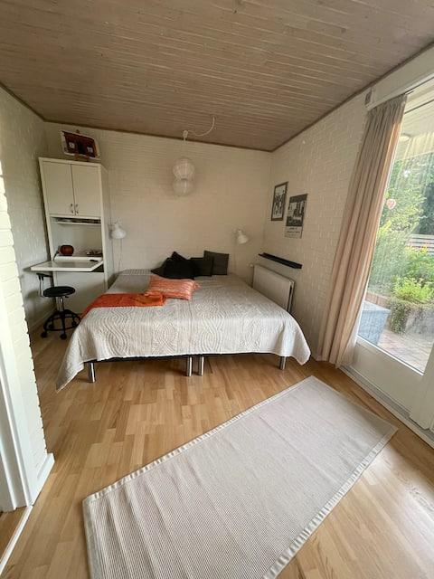 Gezellig appartement  met tuin  - goede locatie