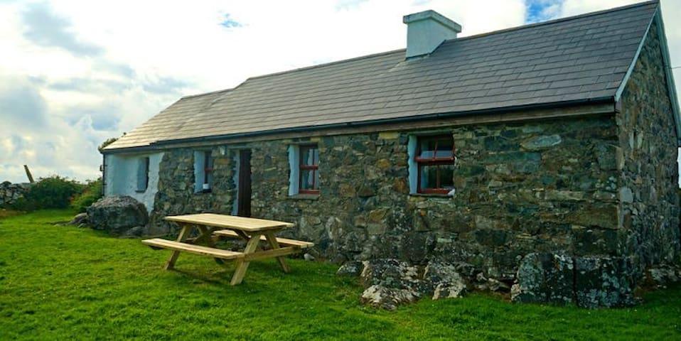 189 Blackbird Cottage Ballyconneely