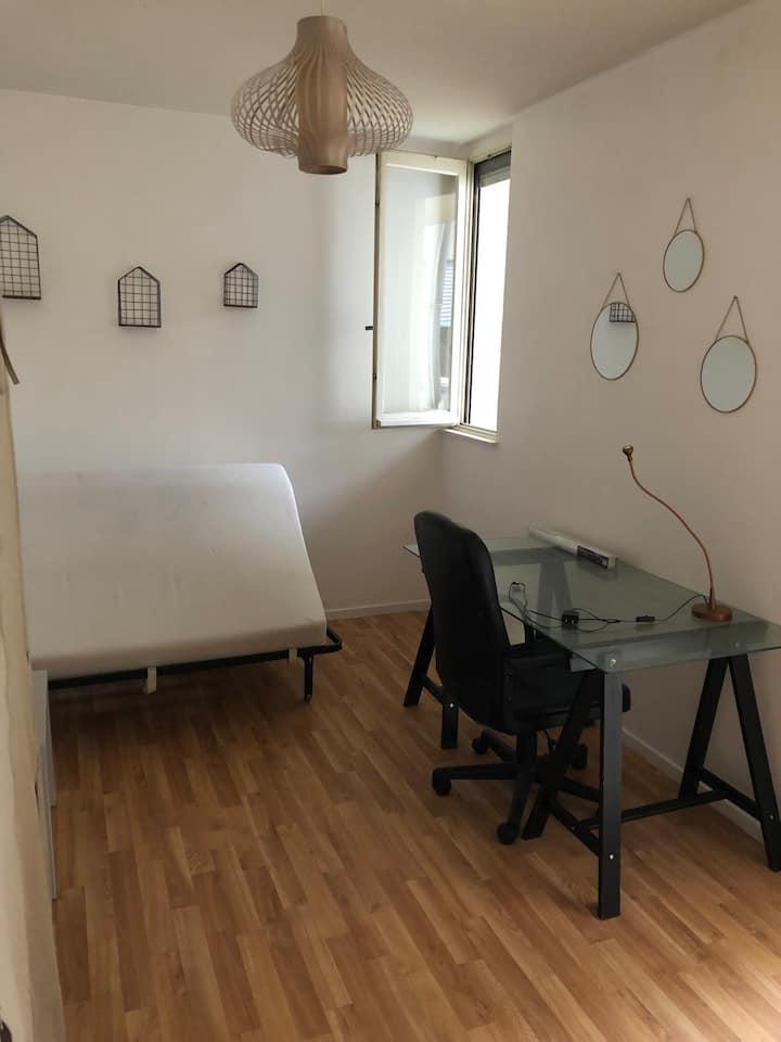 Chambre meublée Rennes colocation Clemenceau