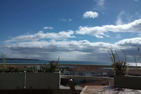 Chambre proche mer - Antibes - Appartement
