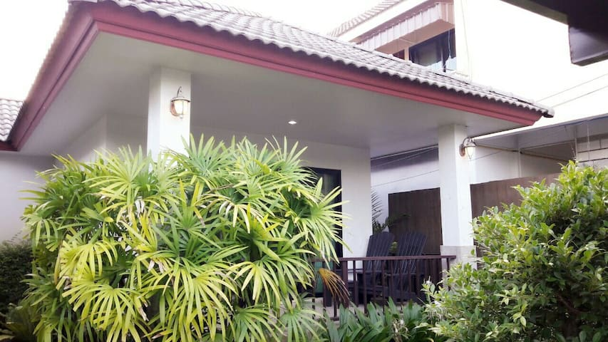 G House Naiyang Beach , Free Airport Transfer