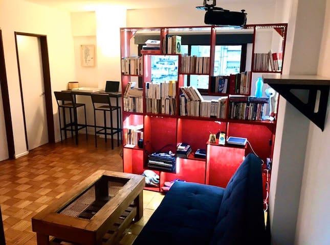 Smart flat in the heart of San Telmo