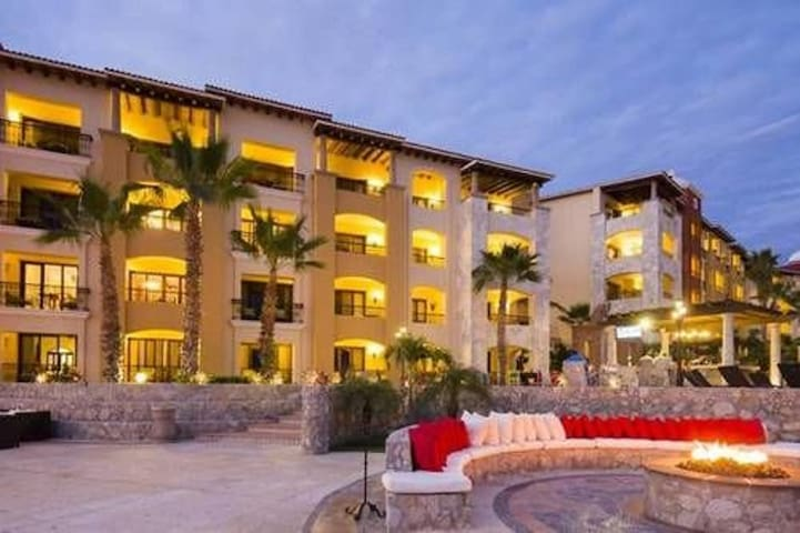 Charming 1BR with Ocean View in Cabo San Lucas