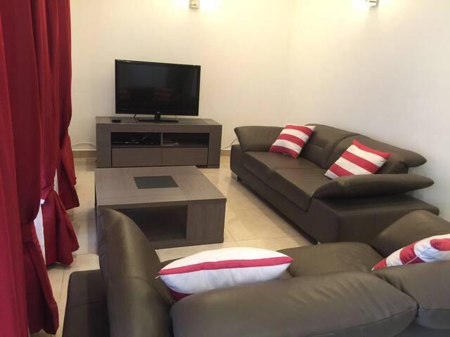 Appartements et chambres chic , propre et neuf