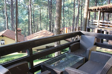 Beatiful forst cabin with private Jacuzzi - Mazamitla - Gîte nature