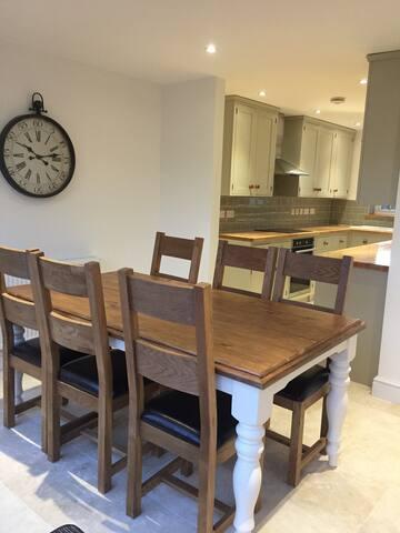 Lounge dinner