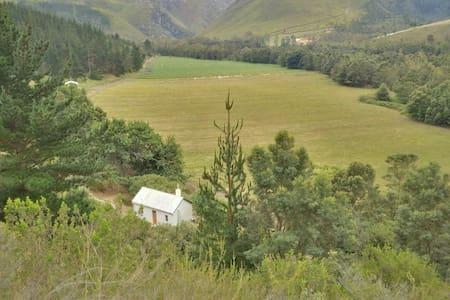 Jansehuis mountain valley cottage - Swellendam