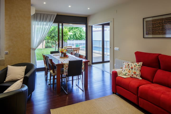 casa moderna i confortable