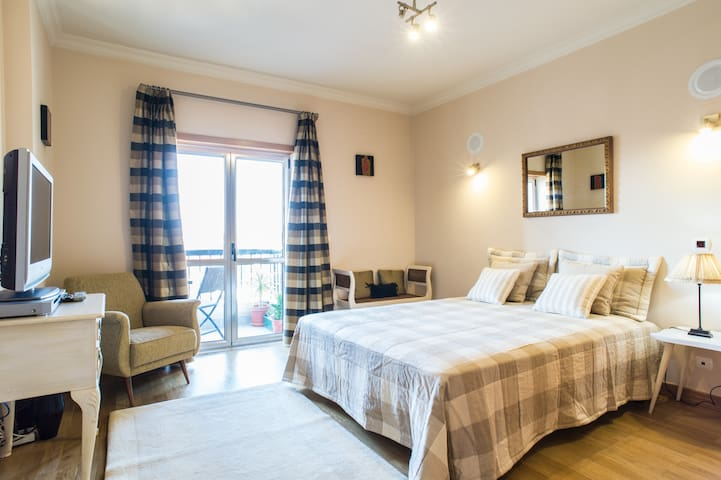 Cosy Room/ Private Bathroom - Tomar - Daire