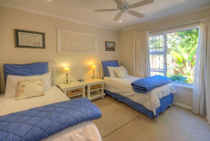Second bedroom Apartment 1