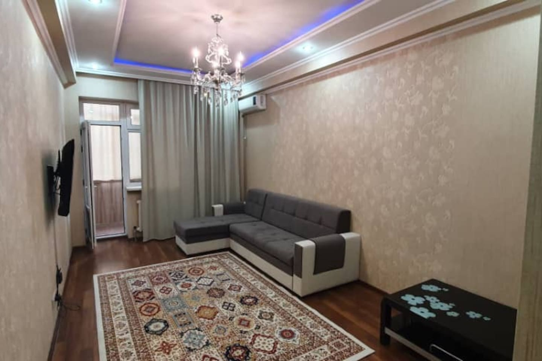 Гостиная комната, диван раскладывается